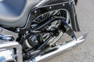 Harley-Davidson Softail Deluxe Chicano Style Side Mount