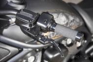 Rick's Harley-Davidson V-Rod schwarz mit Skulls