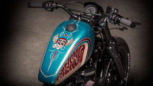 Harley-Davidson Sportster Custom battle of the kings Tank