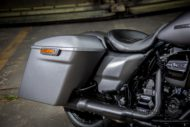 Harley-Davidson Road King Custom Sidefiller