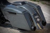 Harley-Davidson Street Glide mit 26 Zoll Vorderrad Koffer