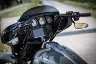 Harley-Davidson Street Glide mit 26 Zoll Vorderrad Lenker