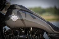 Harley-Davidson Street Glide mit 26 Zoll Vorderrad Tank