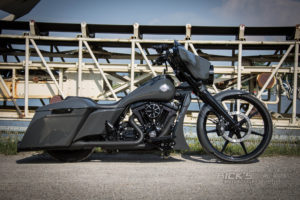 Harley-Davidson Street Glide mit 26 Zoll Vorderrad