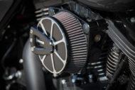 Harley-Davidson Street Glide mit 26 Zoll Vorderrad Design Luftfilter