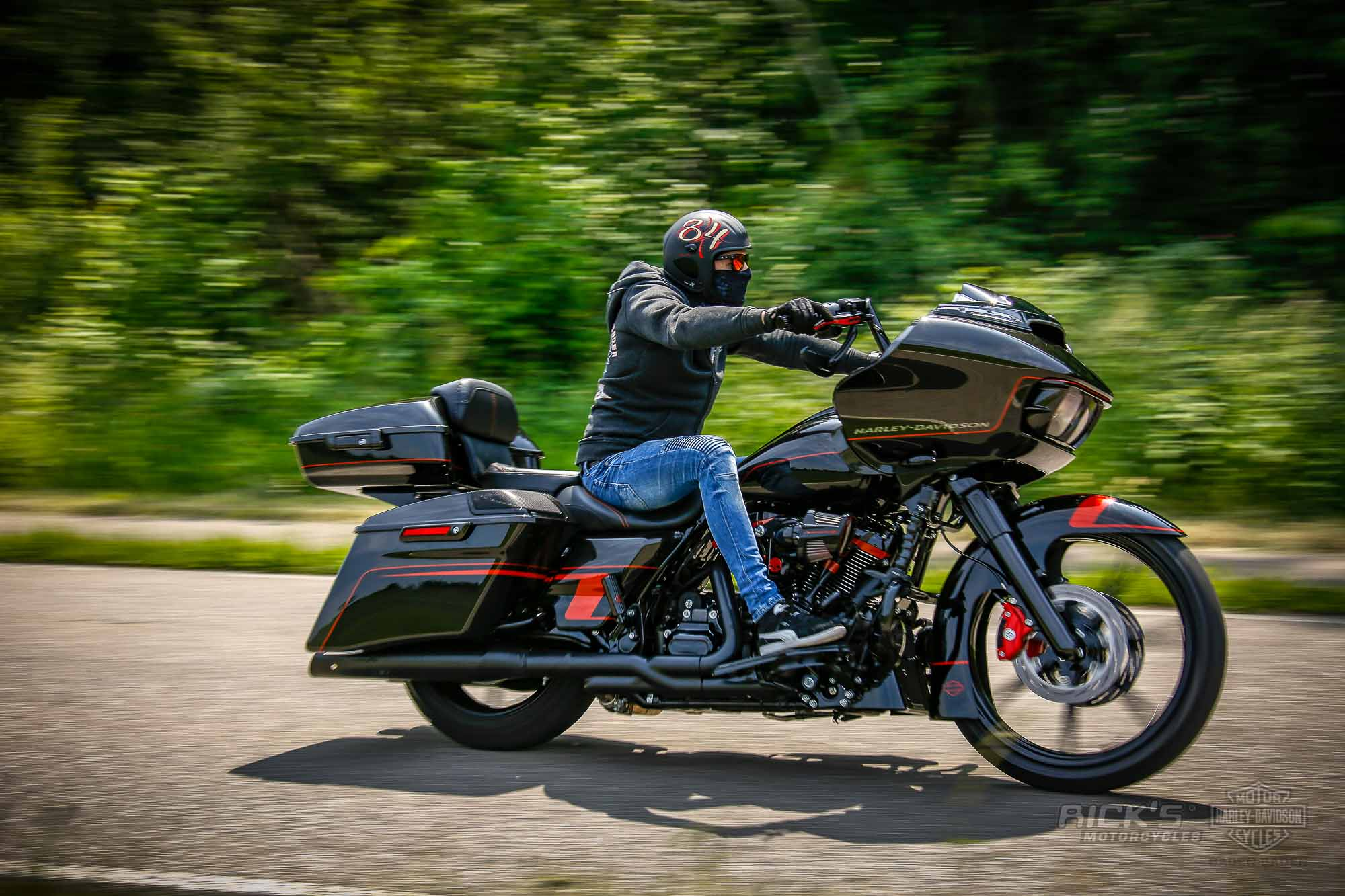 King Size CVO Road Glide