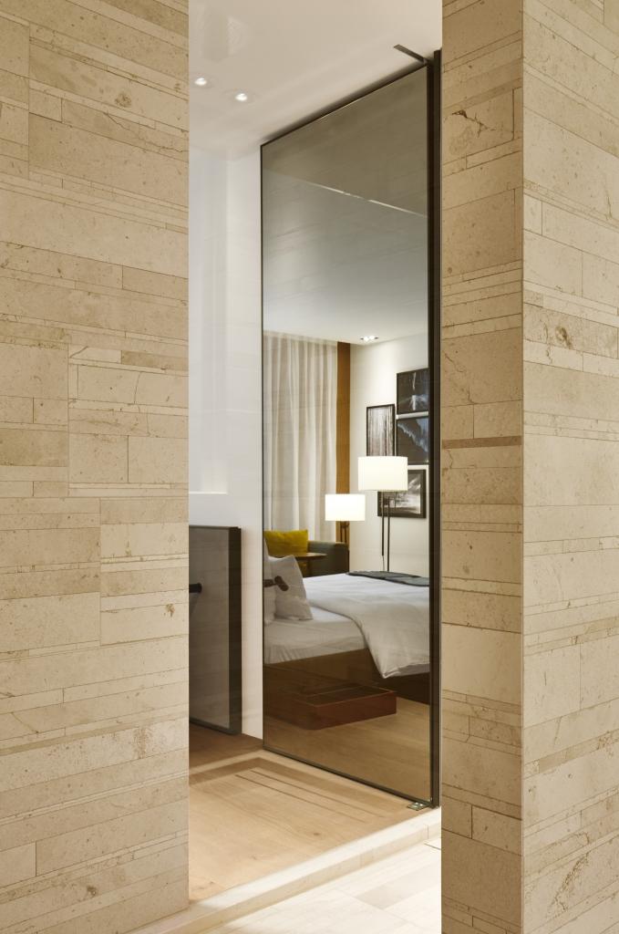 roomers baden baden select room 06 rick s motorcycles harley davidson baden baden. Black Bedroom Furniture Sets. Home Design Ideas