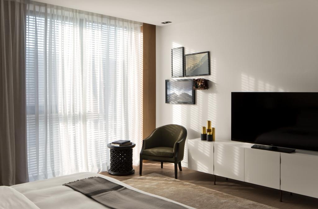 roomers baden baden select suite 03 rick s motorcycles harley davidson baden baden. Black Bedroom Furniture Sets. Home Design Ideas