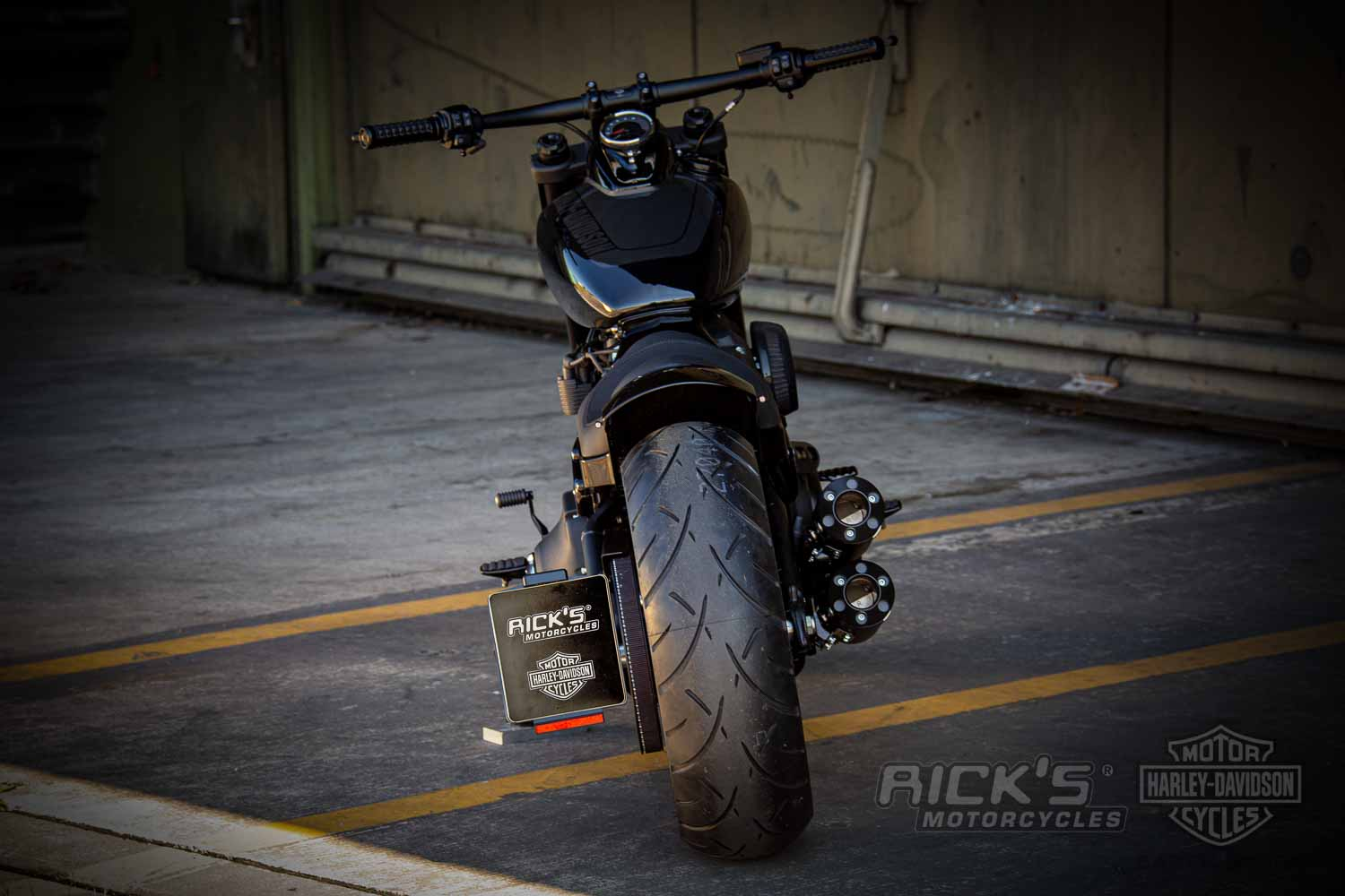 Harley Davidson Fat Bob Milwaukee Eight Custom 028 Kopie