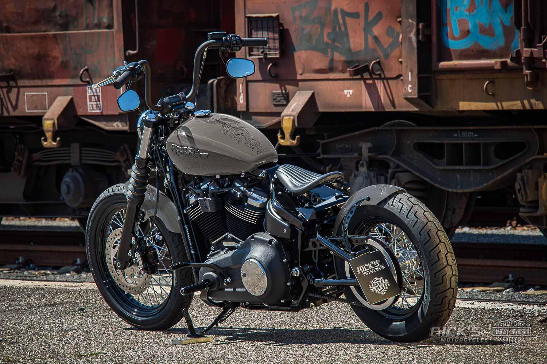 Harley Davidson Street Bob Milw 8 Ricks Bobber229
