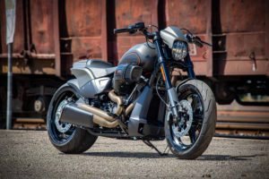 Harley Davidson FXDR grey Custom Ricks 001