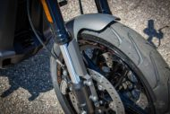 Harley Davidson FXDR grey Custom Ricks 004
