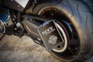 Harley Davidson FXDR Custom Ricks 112