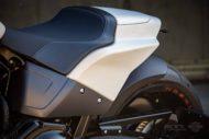 Harley Davidson FXDR Custom Ricks 194