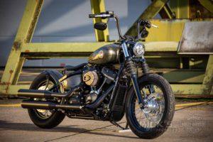 Harley Davidson Street Bob Bobber 001