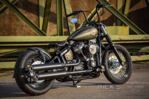 Harley Davidson Street Bob Bobber 012