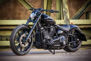 Harley Davidson Milwaukee Eight Breakout black 048