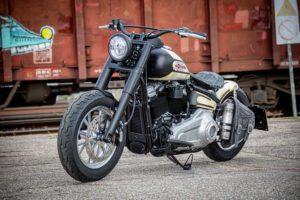 Harley Davidson Slim Bobber WW 058