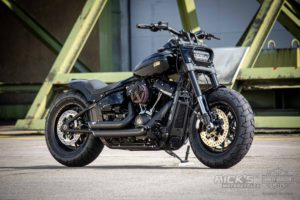 Harley Davidson Fat Bob Custom Ricks 2 001036