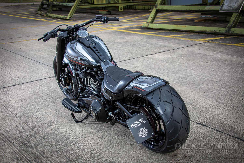 Harley Davidson Fat Boy Custom Ricks 003 1