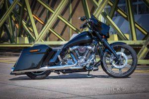 Harley Davidson Street Glide Ricks 23Zoll Custom 090