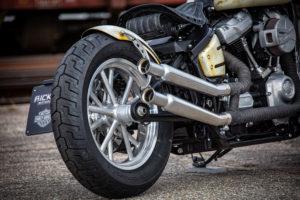 Harley Davidson Slim Bobber WW 019