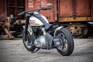 Harley Davidson Slim Bobber WW 040