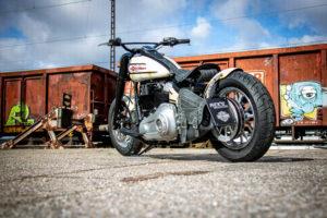 Harley Davidson Slim Bobber WW 044