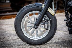 Harley Davidson Slim Bobber WW 053