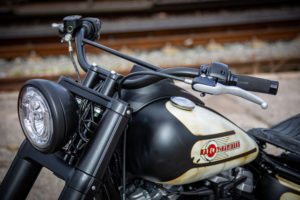 Harley Davidson Slim Bobber WW 064