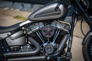 Harley Davidson Street Bob 300 Custom Ricks 004
