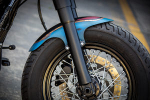 Harley Davidson Twin Cam Softail Slim Bobber kurz 018