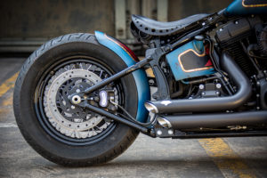 Harley Davidson Twin Cam Softail Slim Bobber kurz 020