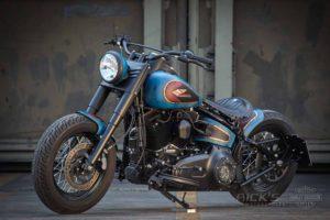 Harley Davidson Twin Cam Softail Slim Bobber kurz 054 1