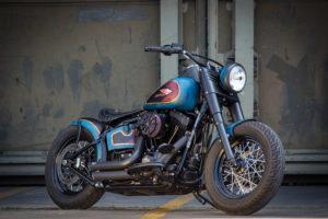 Harley Davidson Twin Cam Softail Slim Bobber lang 002