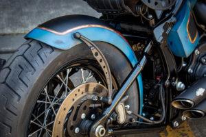 Harley Davidson Twin Cam Softail Slim Bobber lang 019