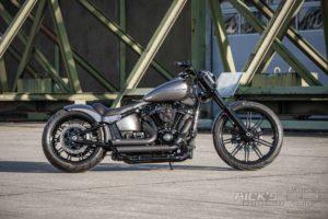 Harley Davidson Breakout Milwaukee Eight Custom Ricks 009