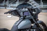 Harley Davidson Street Glide 26 Custom Ricks 012