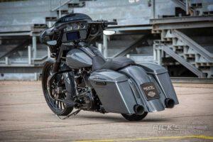 Harley Davidson Street Glide 26 Custom Ricks 016