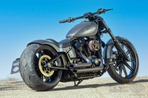 Harley Davidson Breakout Custom Ricks 030