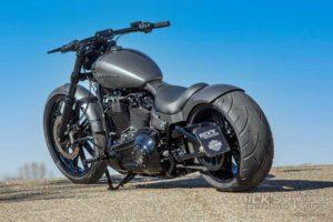 Harley Davidson Breakout Custom Ricks 040
