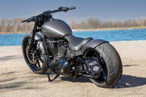 Harley Davidson Breakout Custom Ricks 043