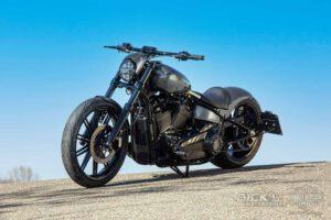 Harley Davidson Breakout Custom Ricks 061