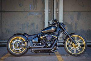 Harley Davidson Breakout Custombike Ricks 001