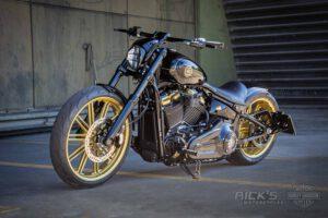 Harley Davidson Breakout Custombike Ricks 044