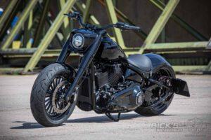 Harley Davidson Fat Boy 300 Screaming Eagle Custom 051
