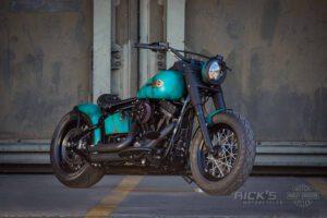 Harley Davidson Slim Bobber TwinCam Ricks Softail 001