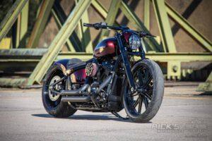 Harley Davidson Breakout Ricks Softail 071