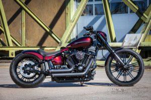 Harley Davidson Breakout Ricks Softail 085