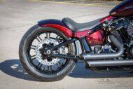 Harley Davidson Breakout Ricks Softail 090